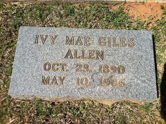 Ivy Mae <i>Giles</i> Allen