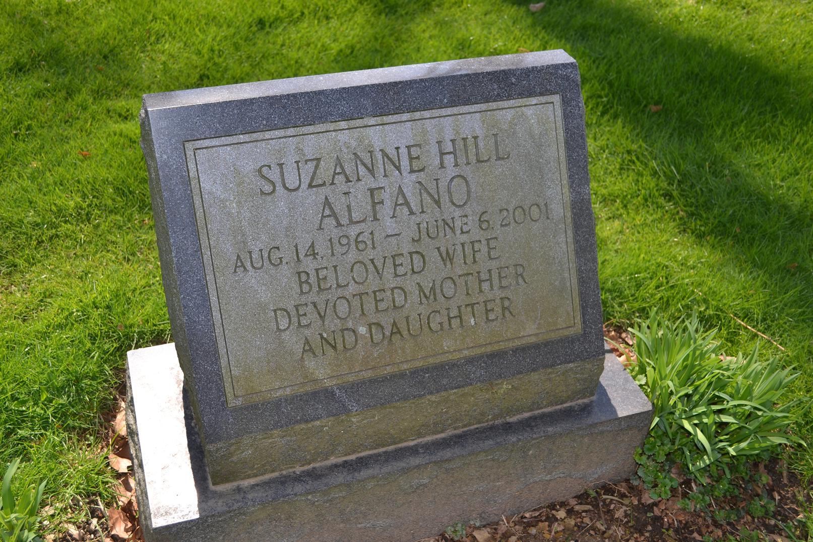Suzanne <i>Hill</i> Alfano