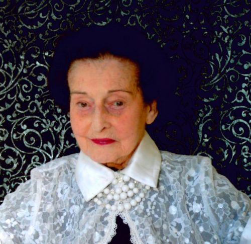 Grace E <i>Pinkoczy</i> Parragh