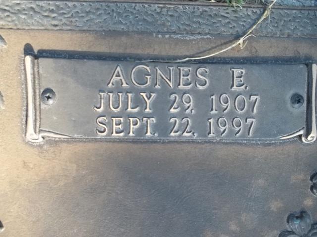 Agnes E. <i>Henry</i> Beil