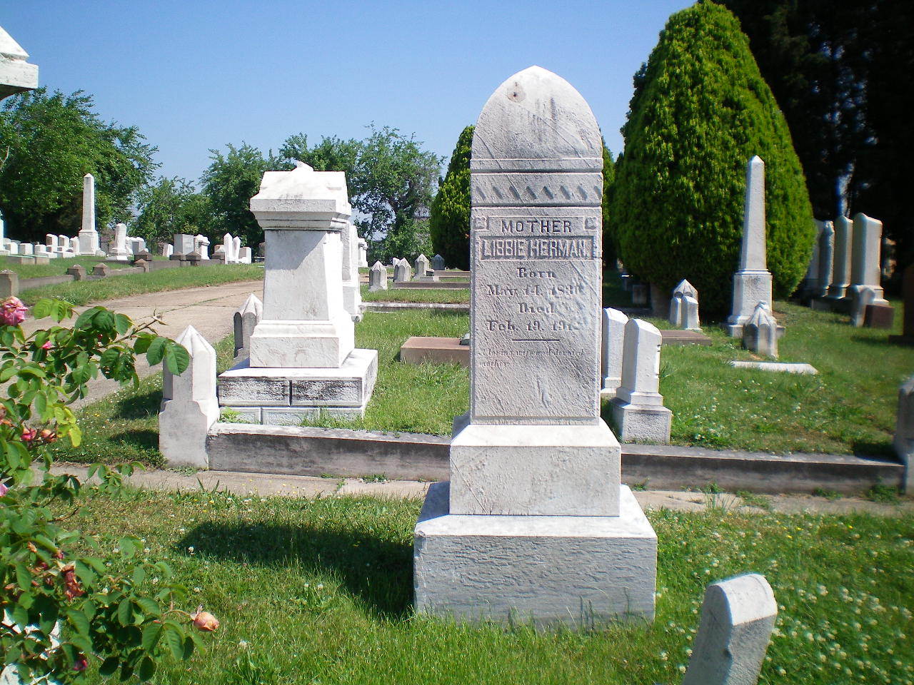 Oheb Shalom Cemetery