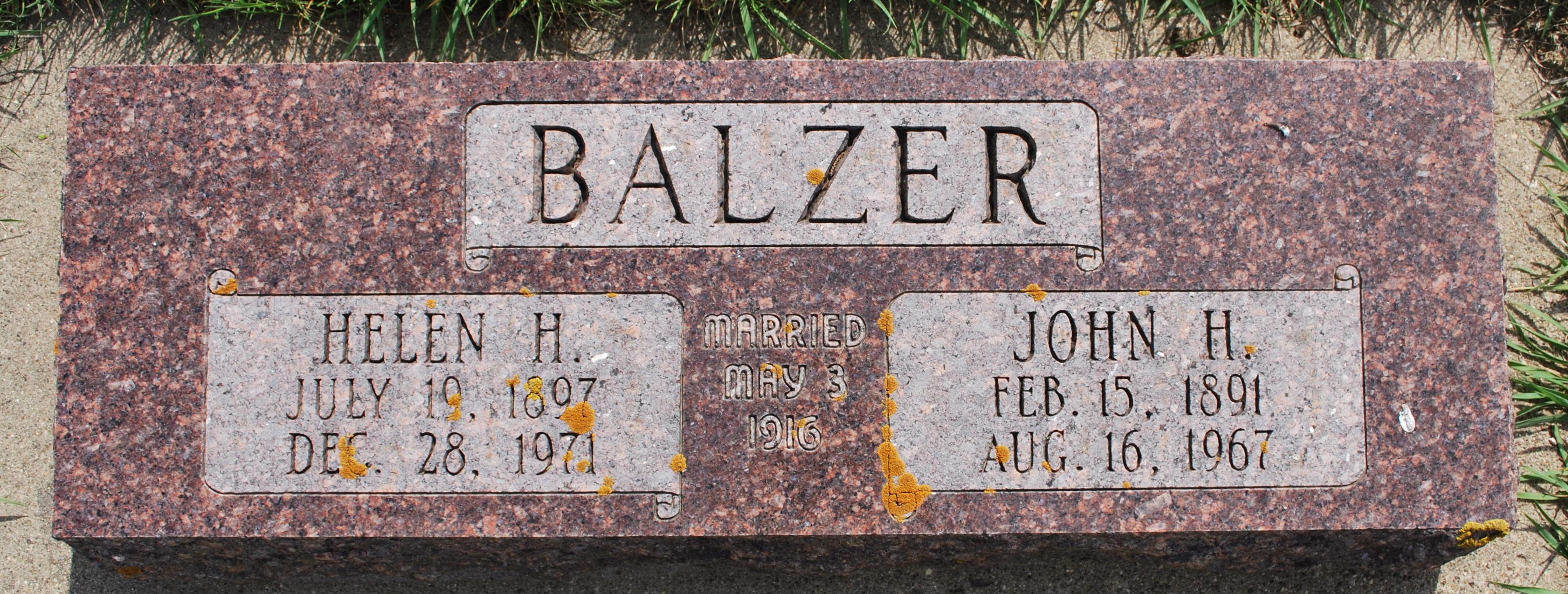 Helen <i>Bartelt</i> Balzer