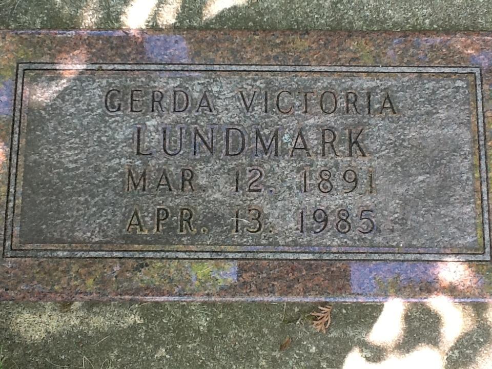 Gerda Victoria <i>Isackson</i> Lundmark