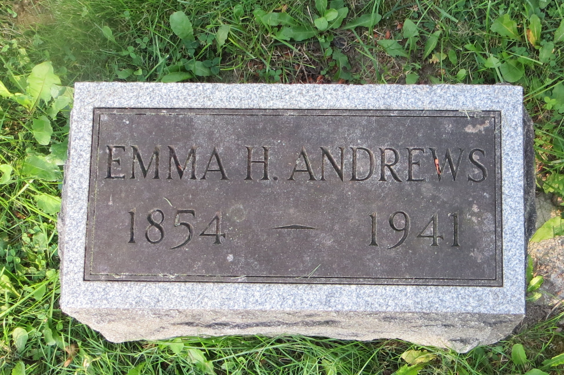 Emma <i>Huntington</i> Andrews