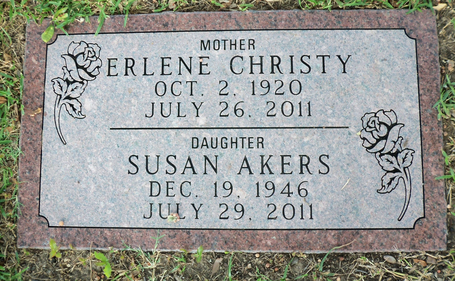 Susan E <i>Christy</i> Akers