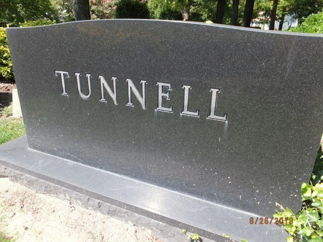 Eolyne <i>Kelly</i> Tunnell