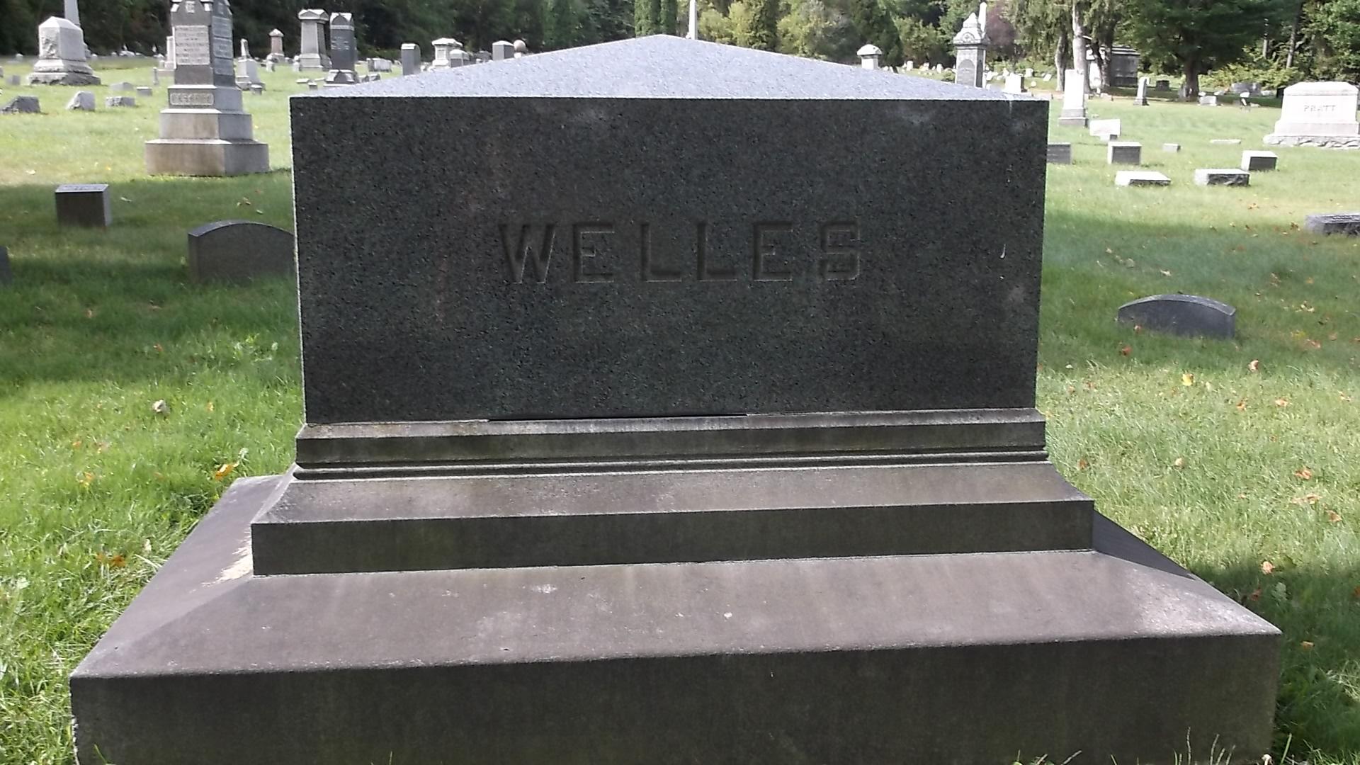 Amelia Page <i>Welles</i> Camphuis