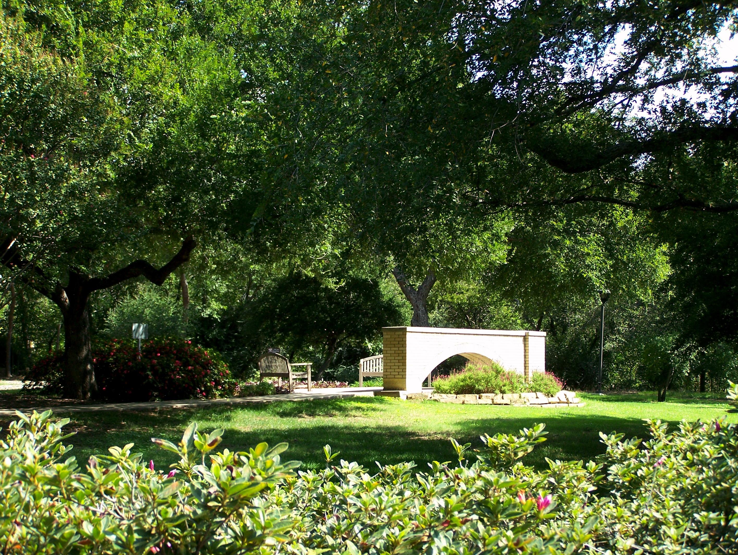 University of Texas Memorial Garden in Dallas Texas Find A Grave