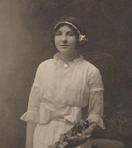 Lila Edith <i>Iverson</i> Williams