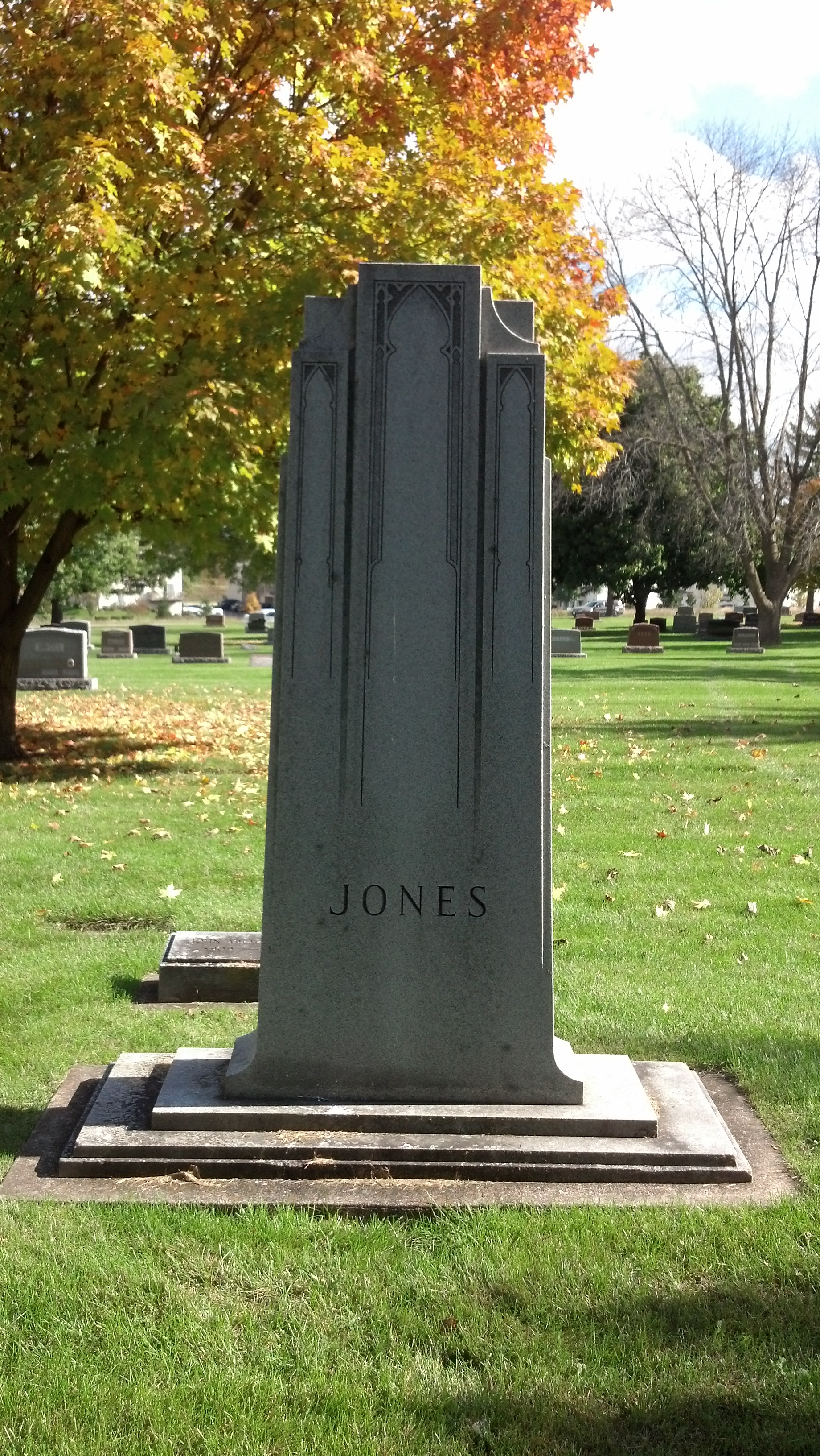Emma Viola <i>Lincoln</i> Jones