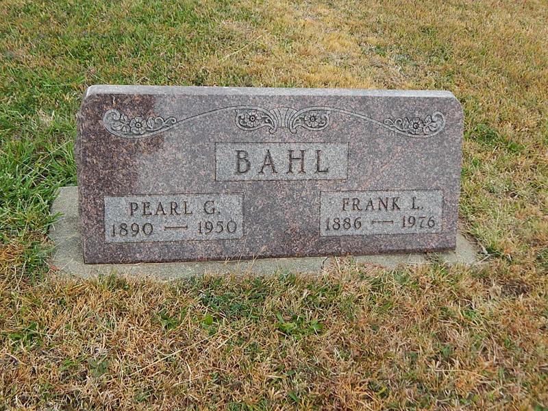 Pearl Gertrude <i>Erickson</i> Bahl