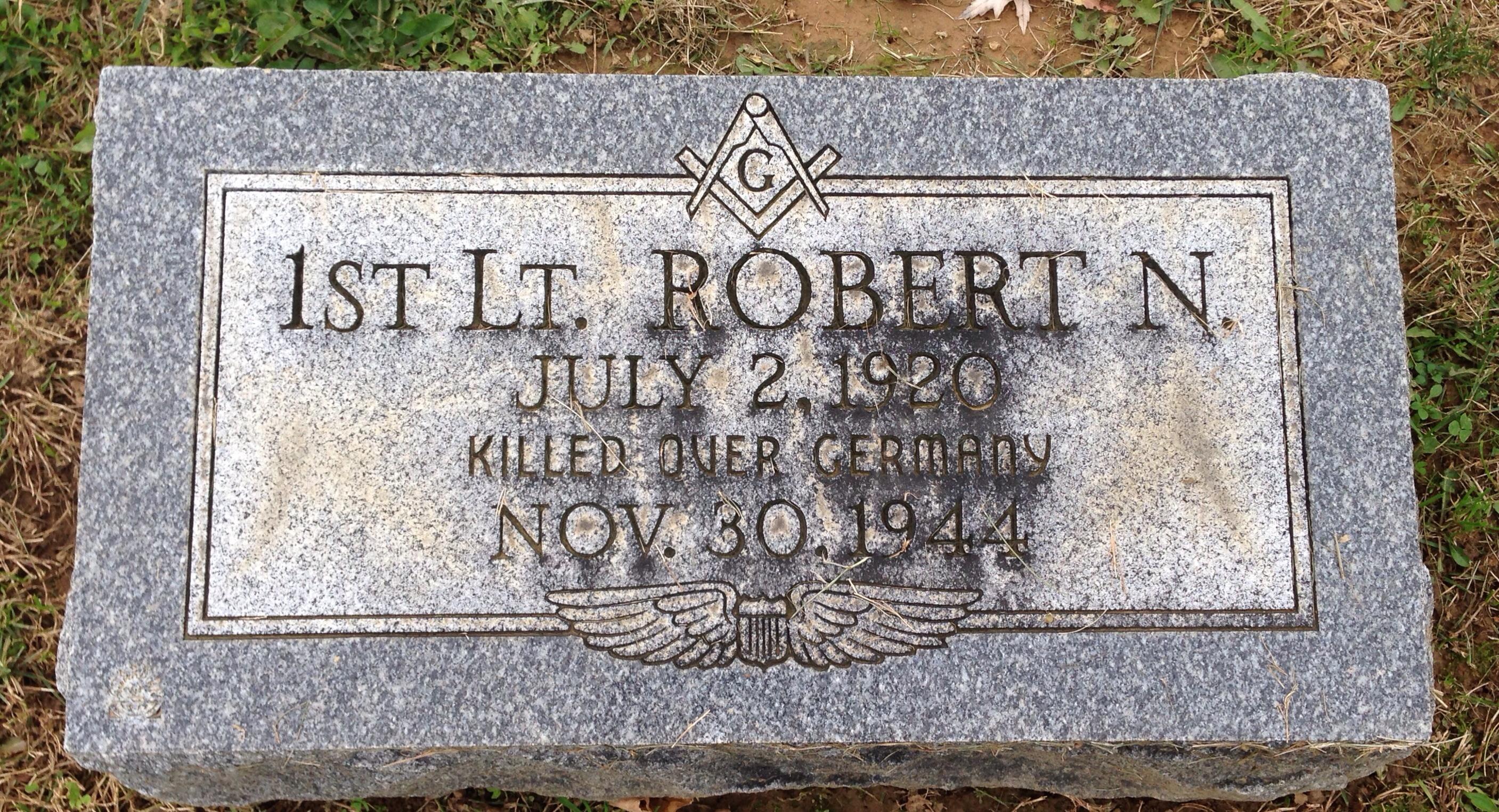 1LT Robert N Torrance