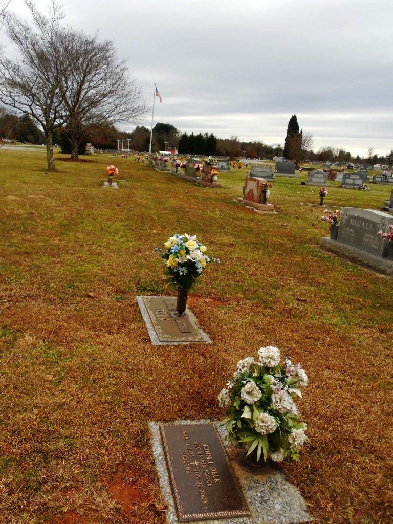 David Hampton Delk, Jr (1927-1997) - Find A Grave Memorial