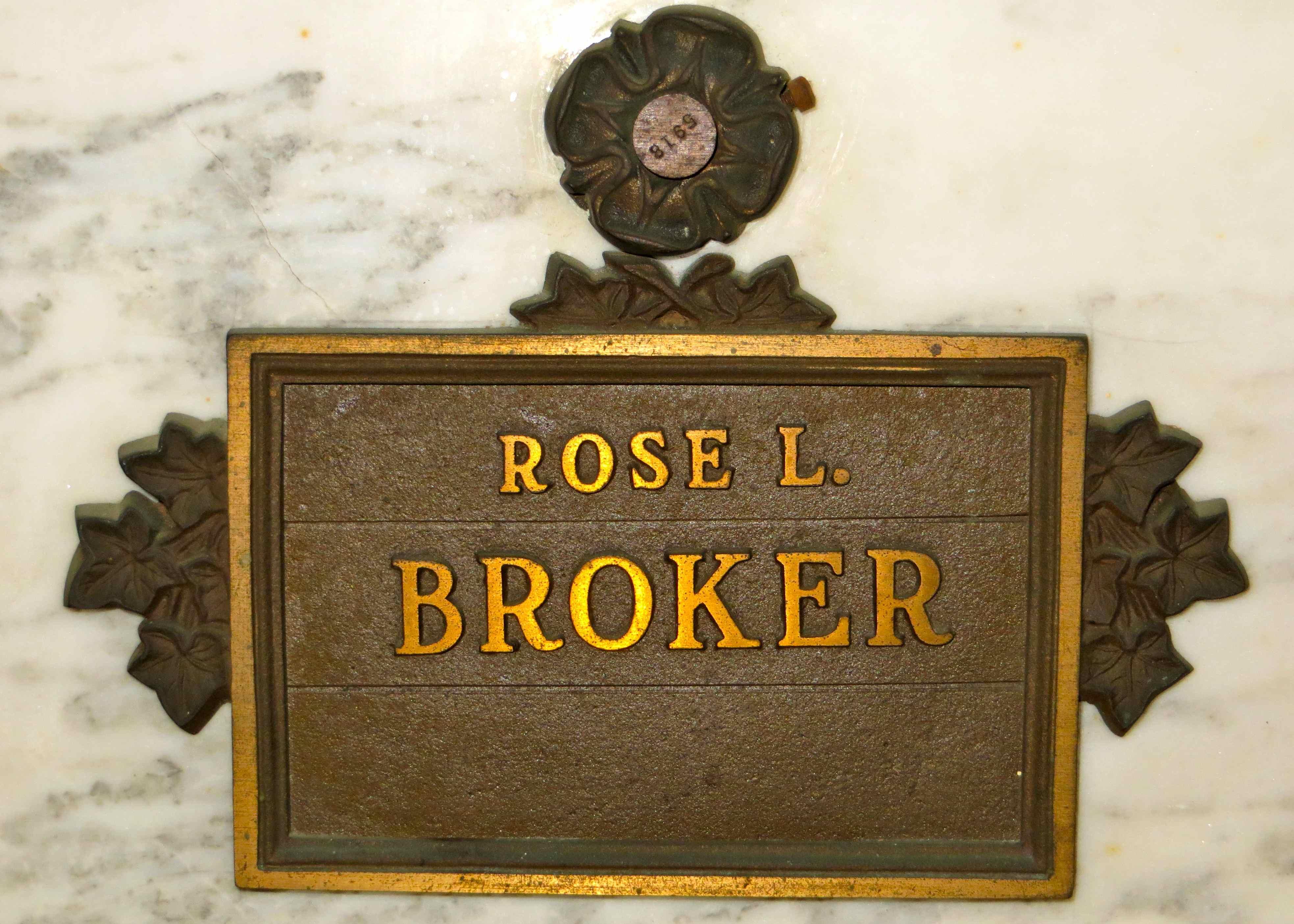 Rosa Lyda <i>Pulley</i> Broker