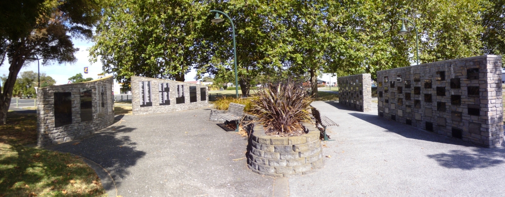 Ngatea Memorial Walls
