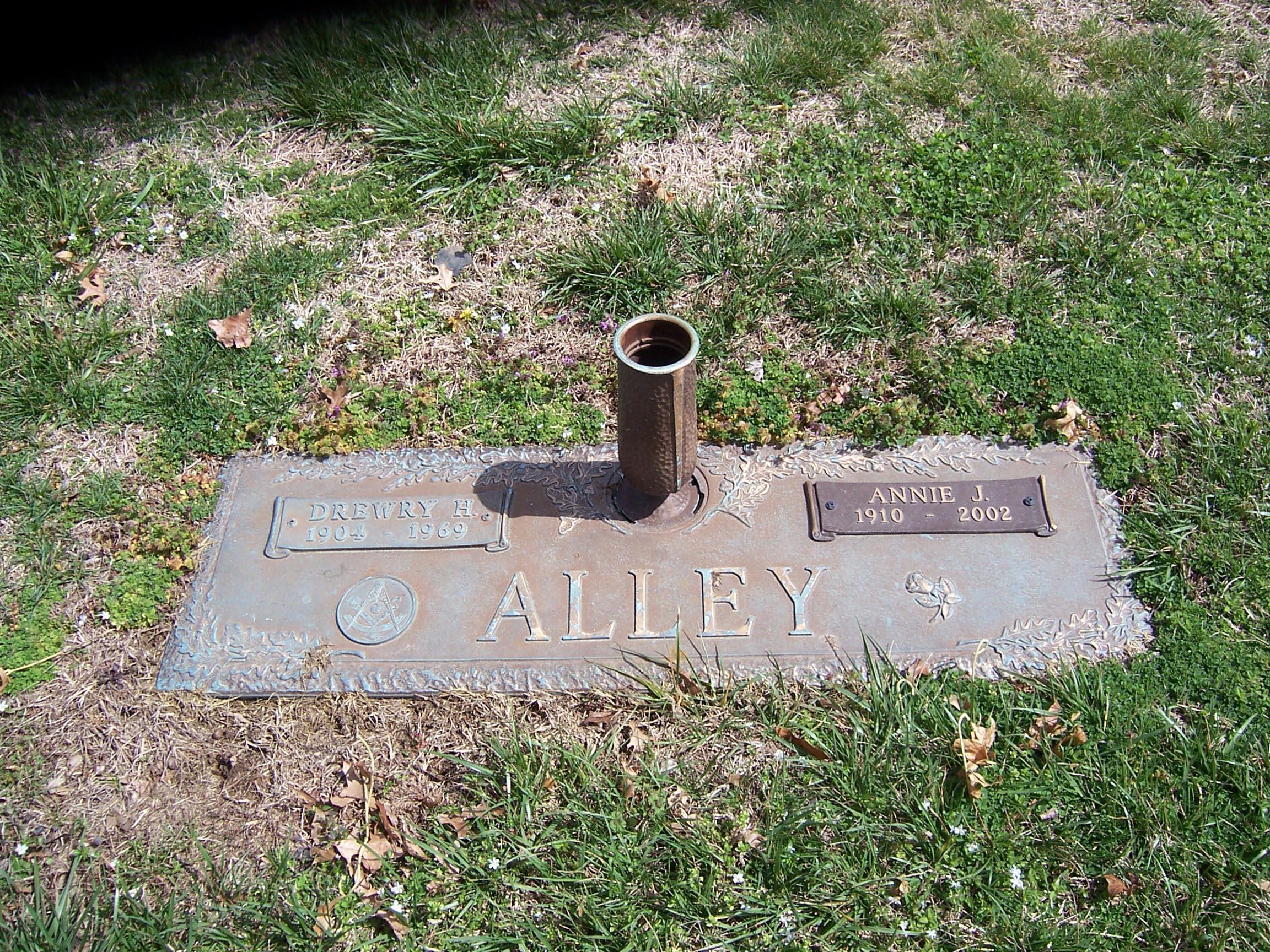 Annie Thomas Tommy <i>Jones</i> Alley