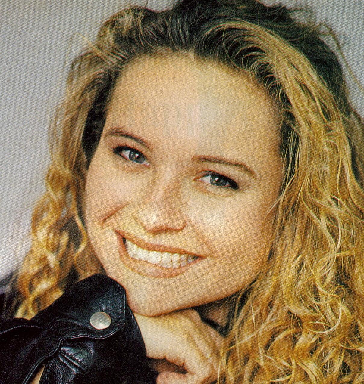 Belinda Emmett Belinda Emmett new foto