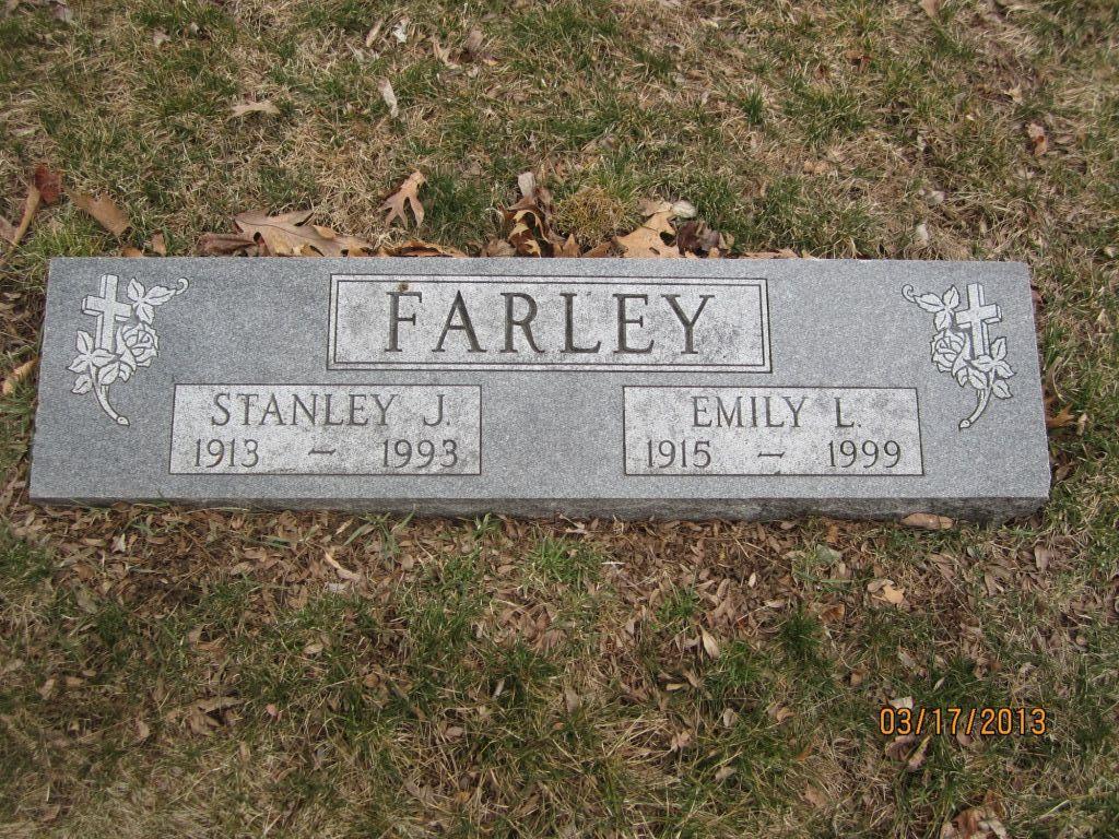 Emily Lorraine <i>Wolpert</i> Farley