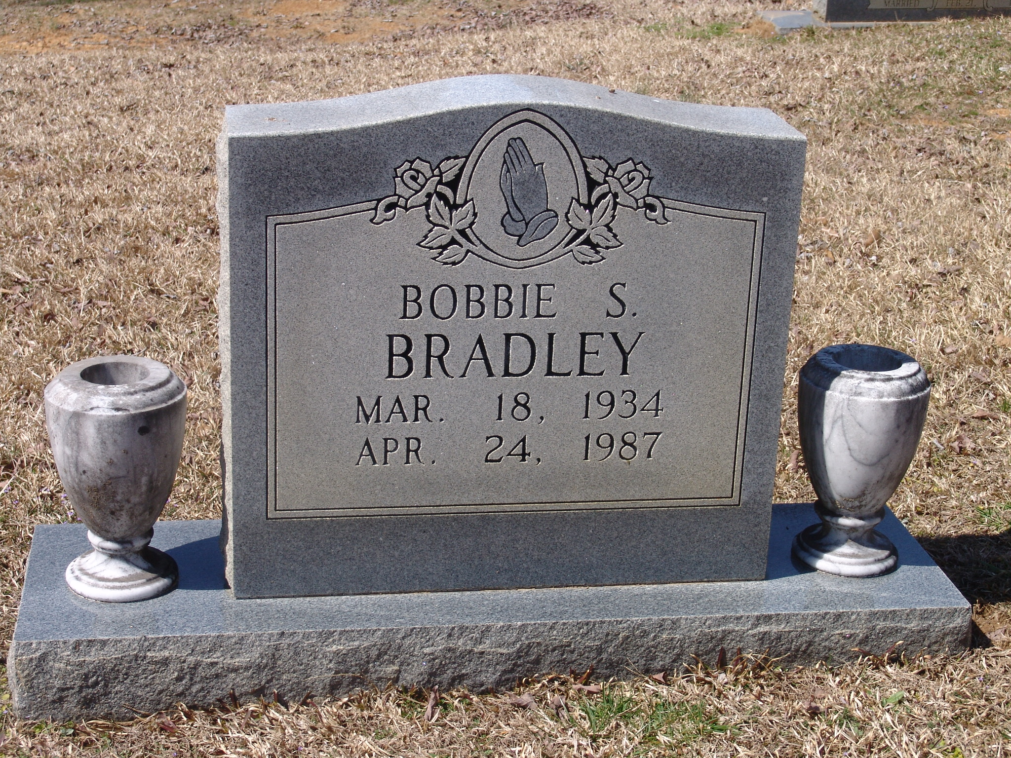 Bobbie Sue <i>Jones</i> Bradley