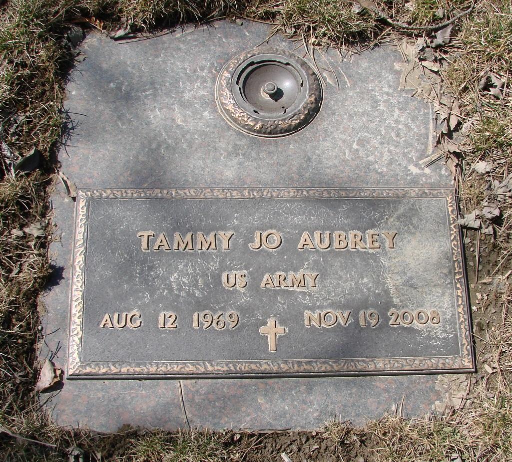 Tammy <i>Hill</i> Aubrey