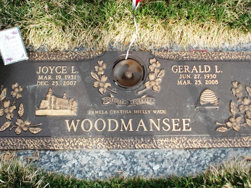 Joyce <i>Littlewood</i> Woodmansee