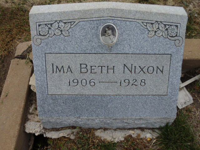 Ima Beth <i>Williamson</i> Nixon