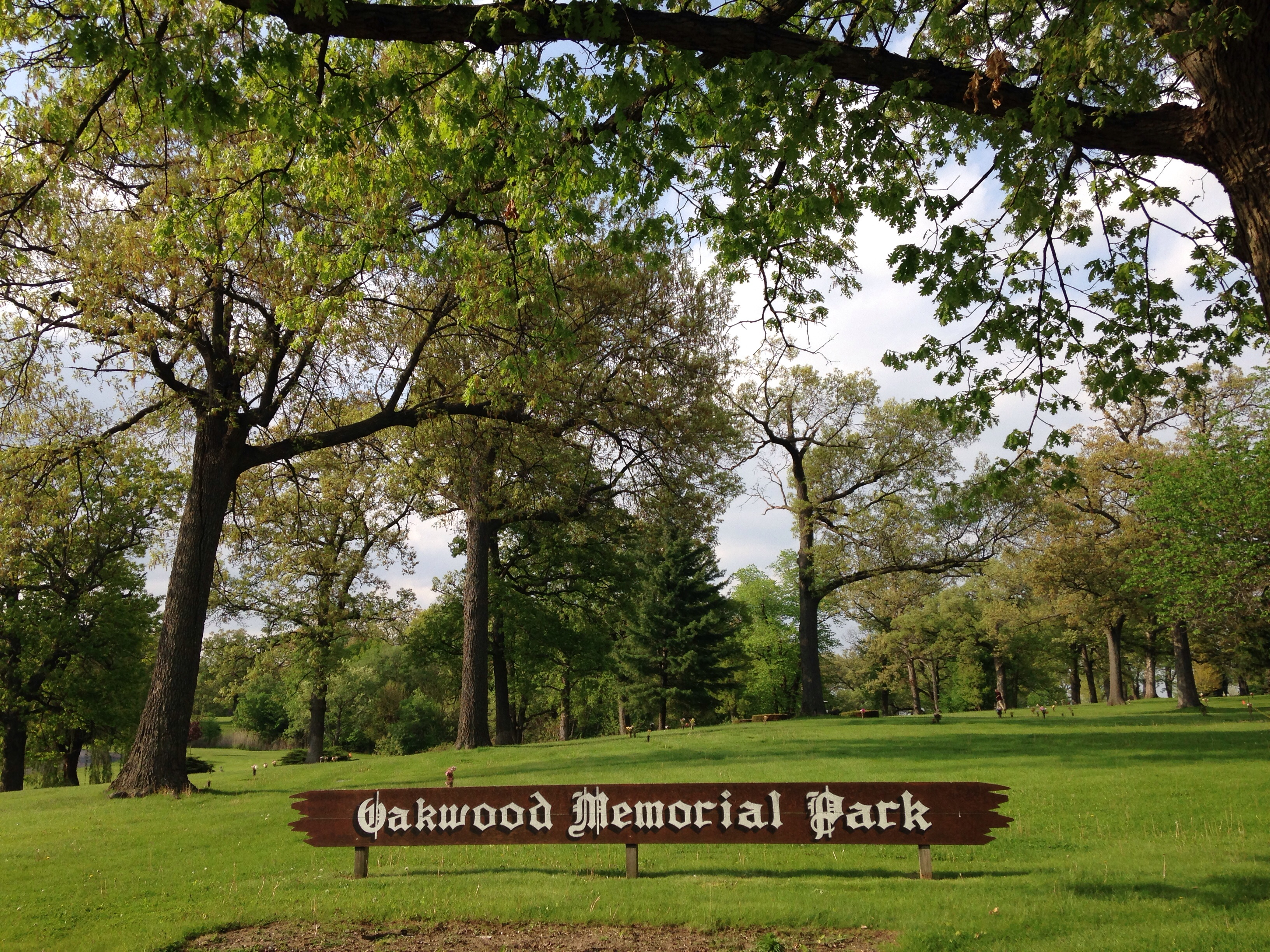 Oakwood Memorial Park