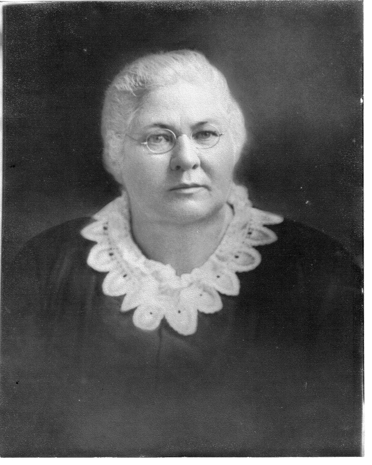 Emma Margaret Em <i>Hocker</i> Henson