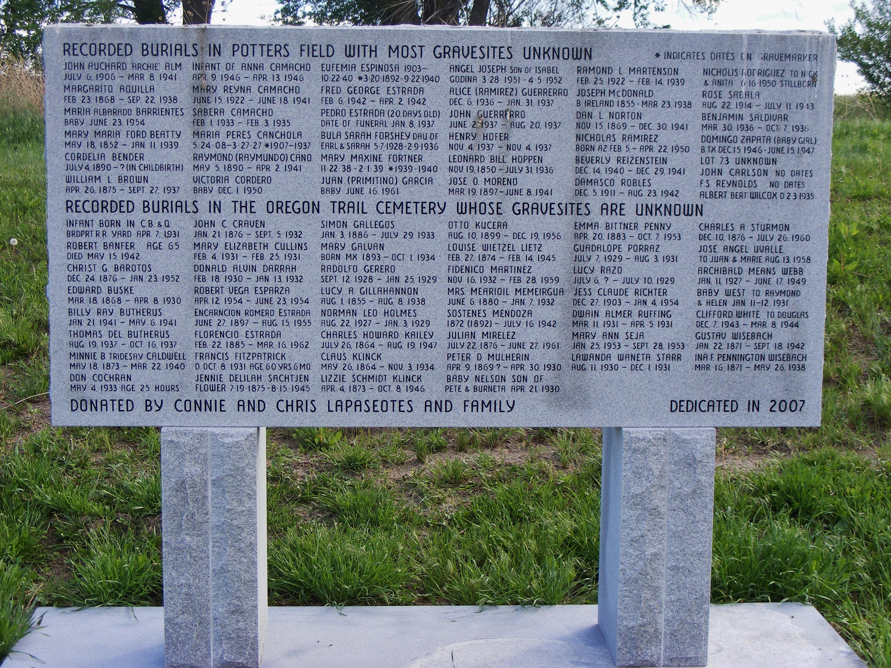 Oregon Trail Memorial Park Cemetery in Bridgeport, Nebraska