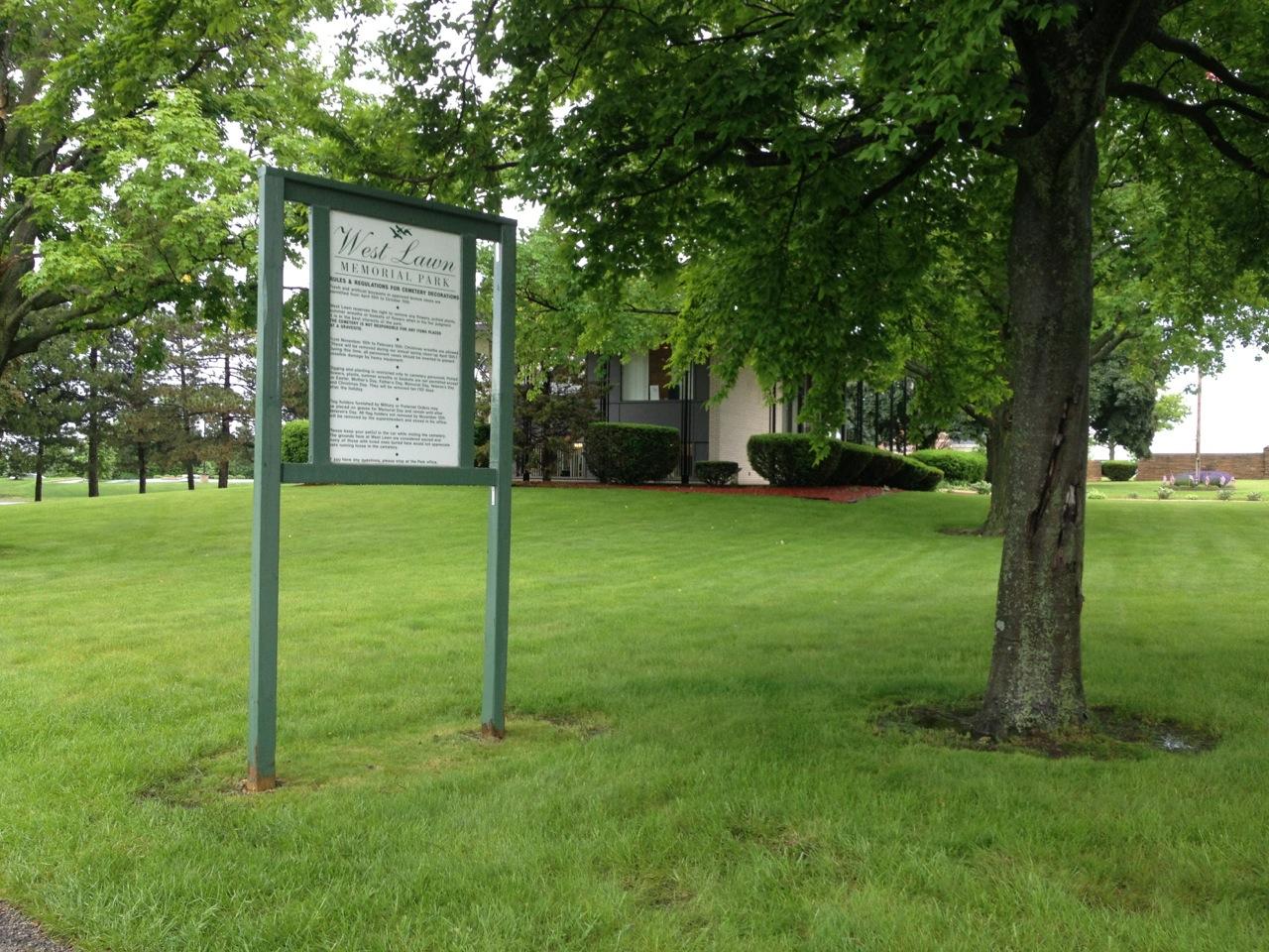 West Lawn Memorial Park