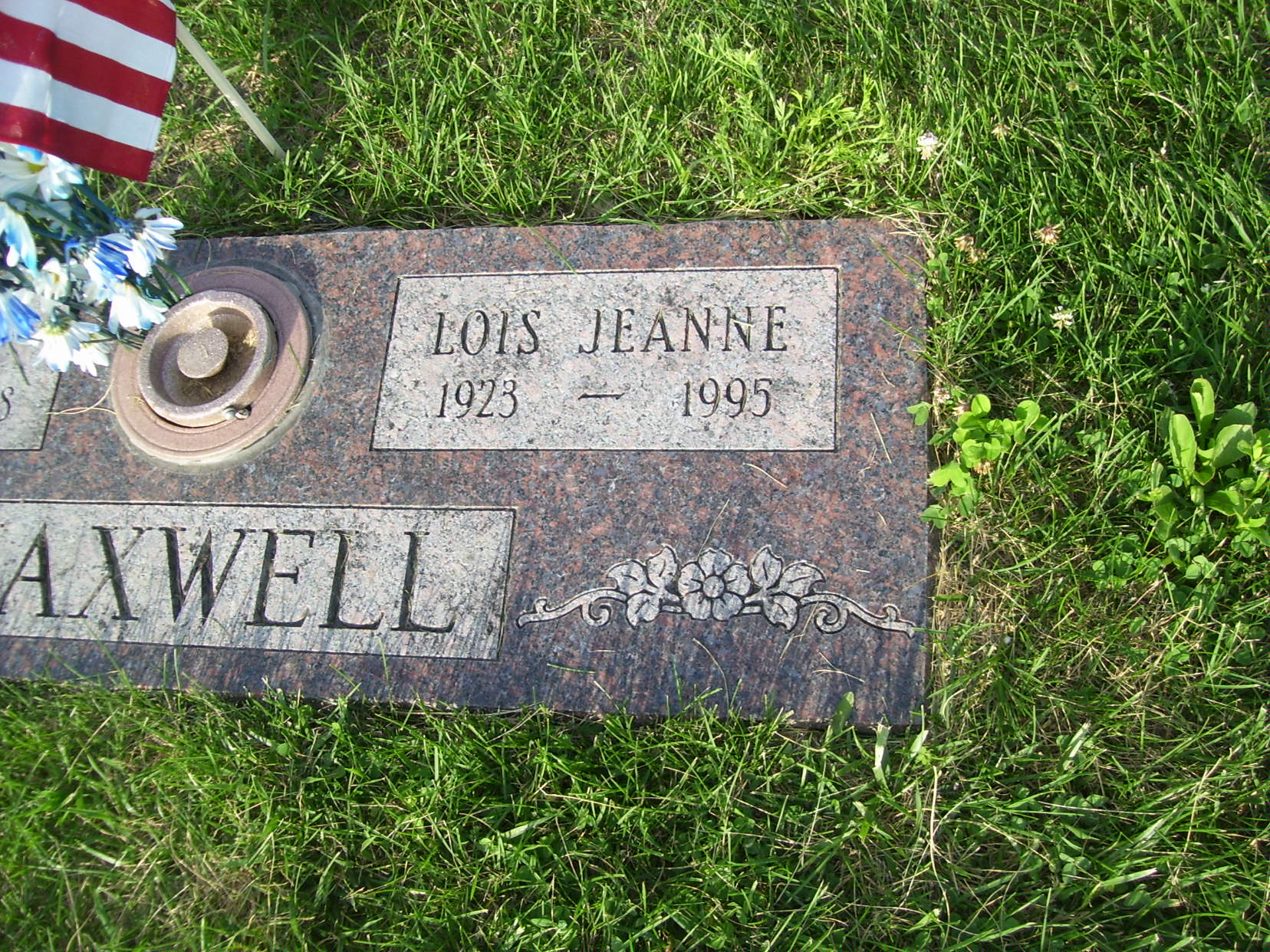 Lois Jeanne <i>Knox</i> Maxwell