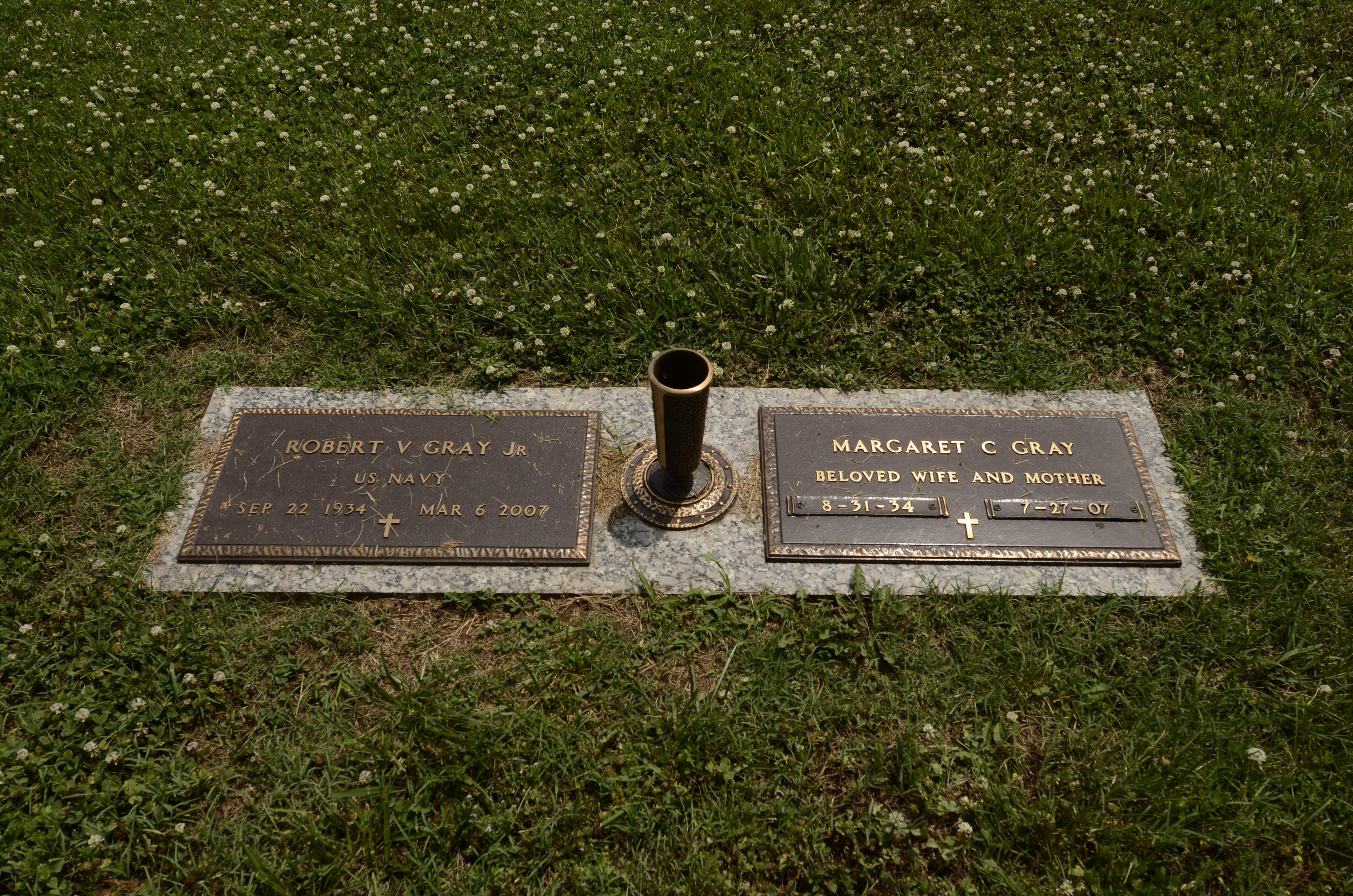 """Robert Viston """"Bobby"""" Gray, Jr (1934-2007) - Find A Grave Memorial"""