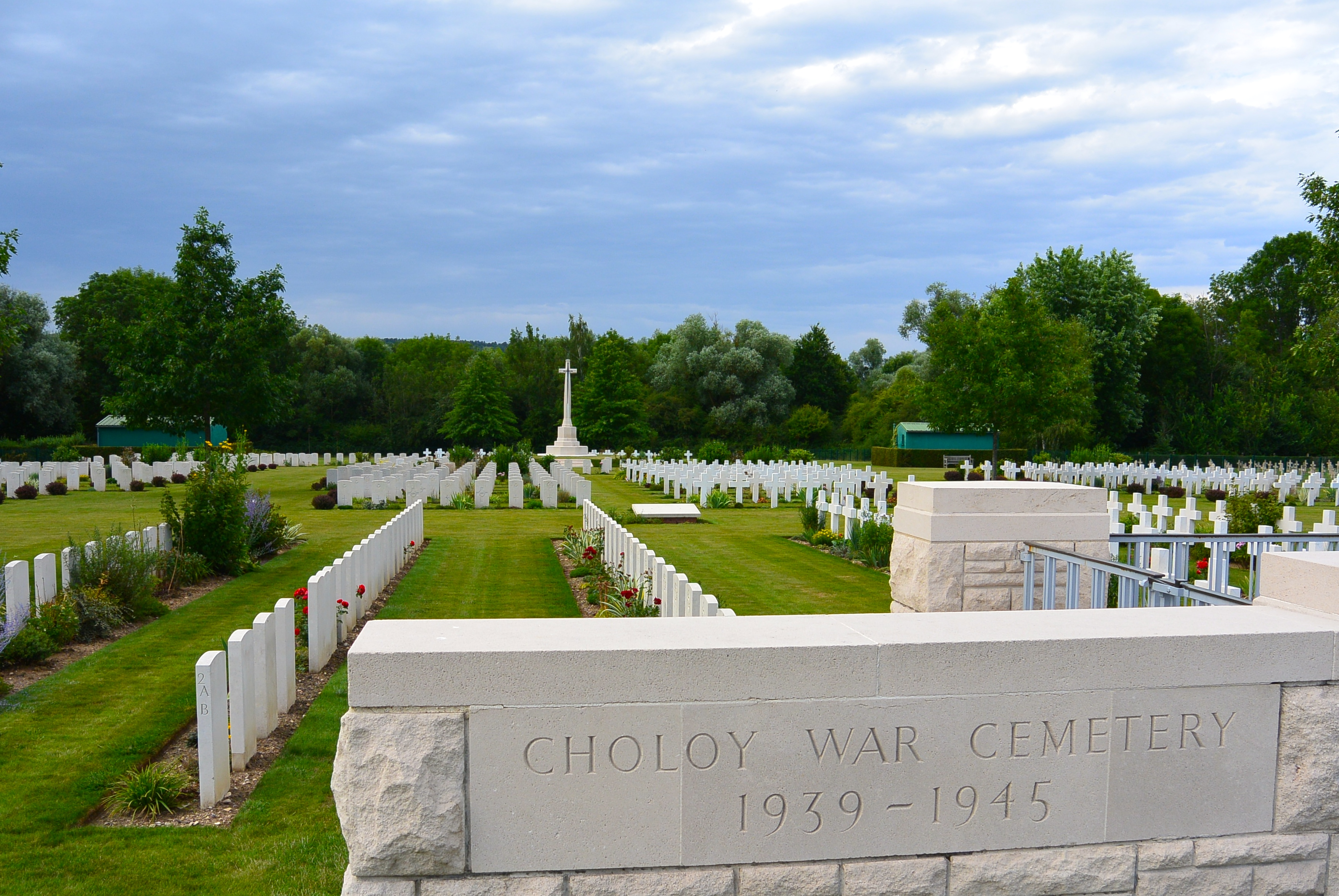 Choloy War Cemetery