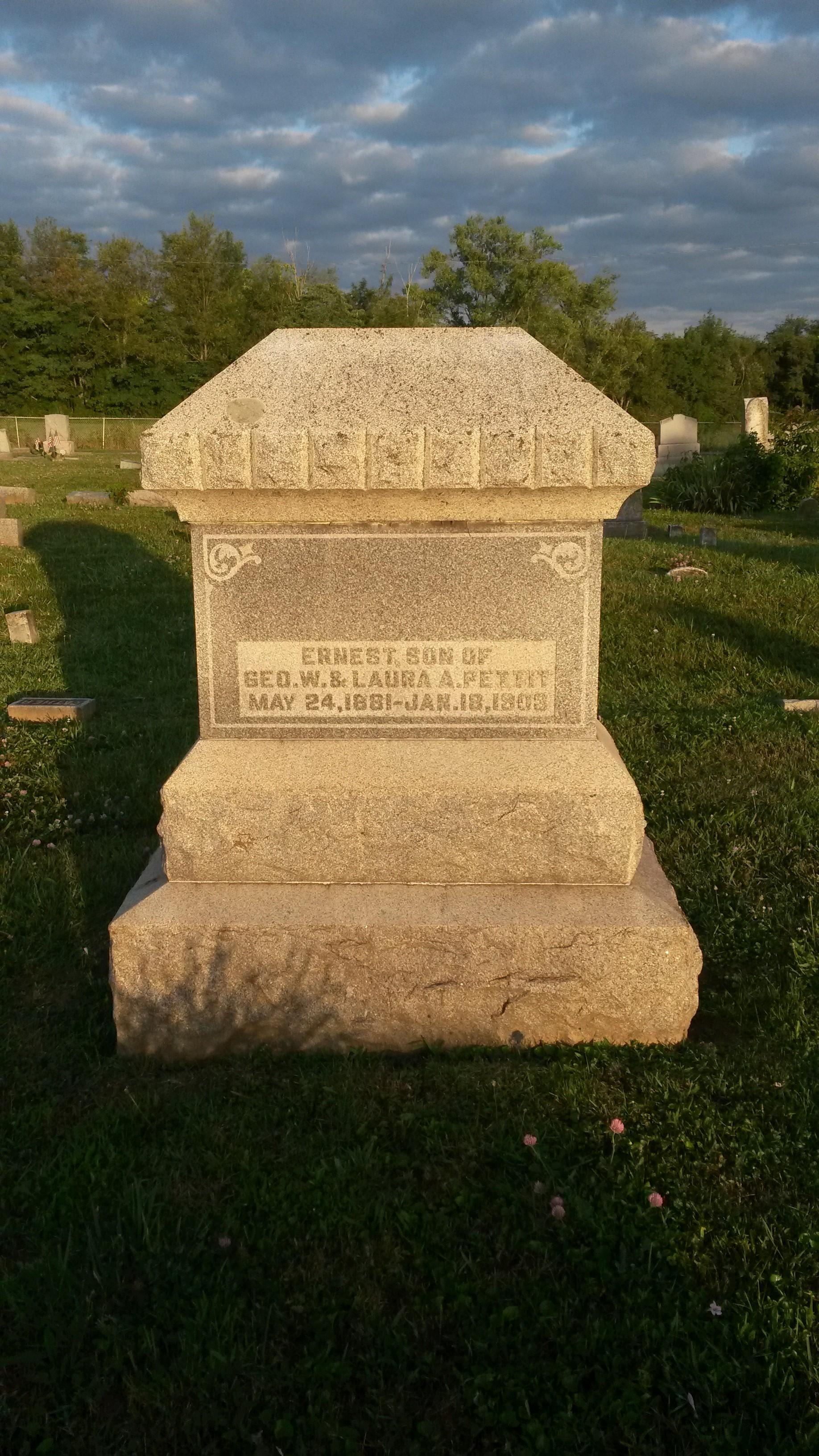 Ernest Leslie Pettit (1881-1903) - Find A Grave Memorial