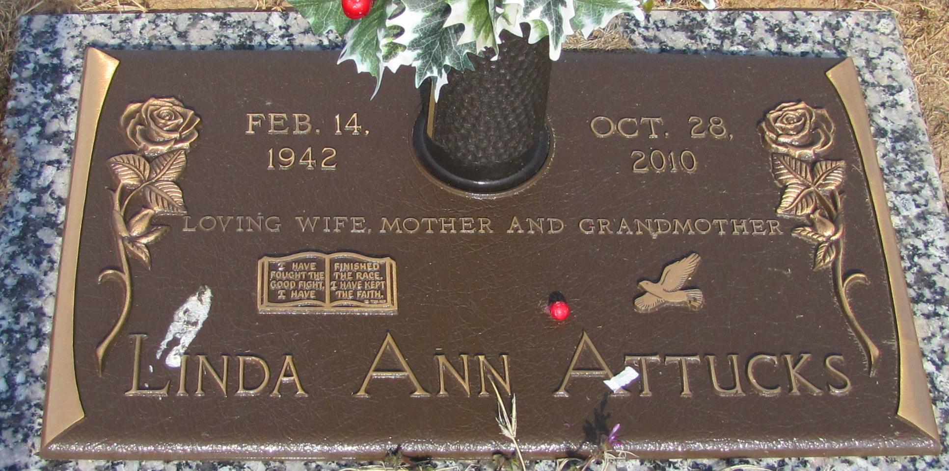 Linda Ann <i>Smith</i> Attucks