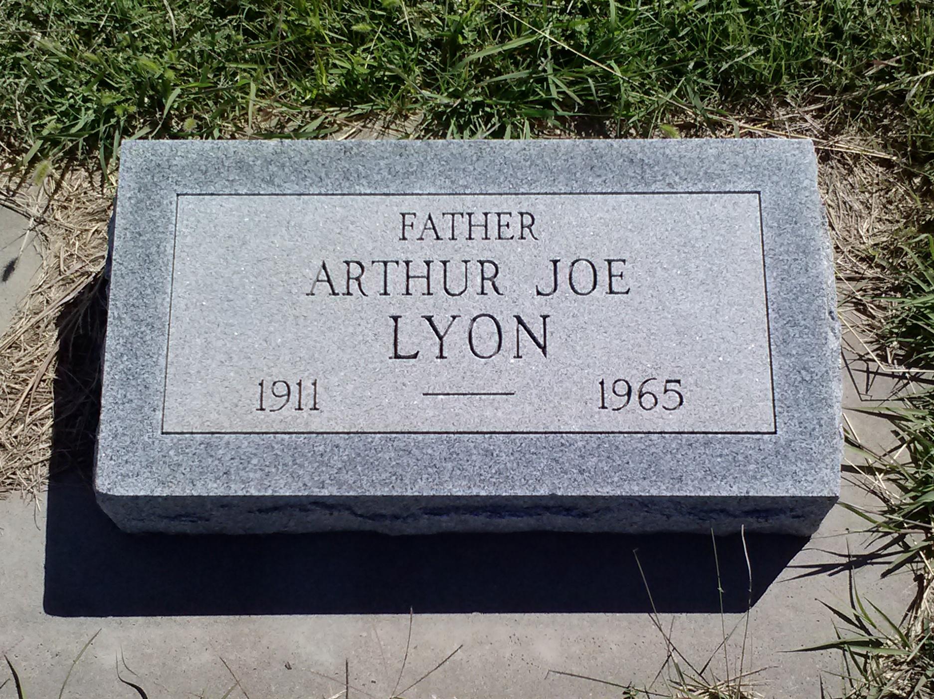 Arthur Joe Lyon
