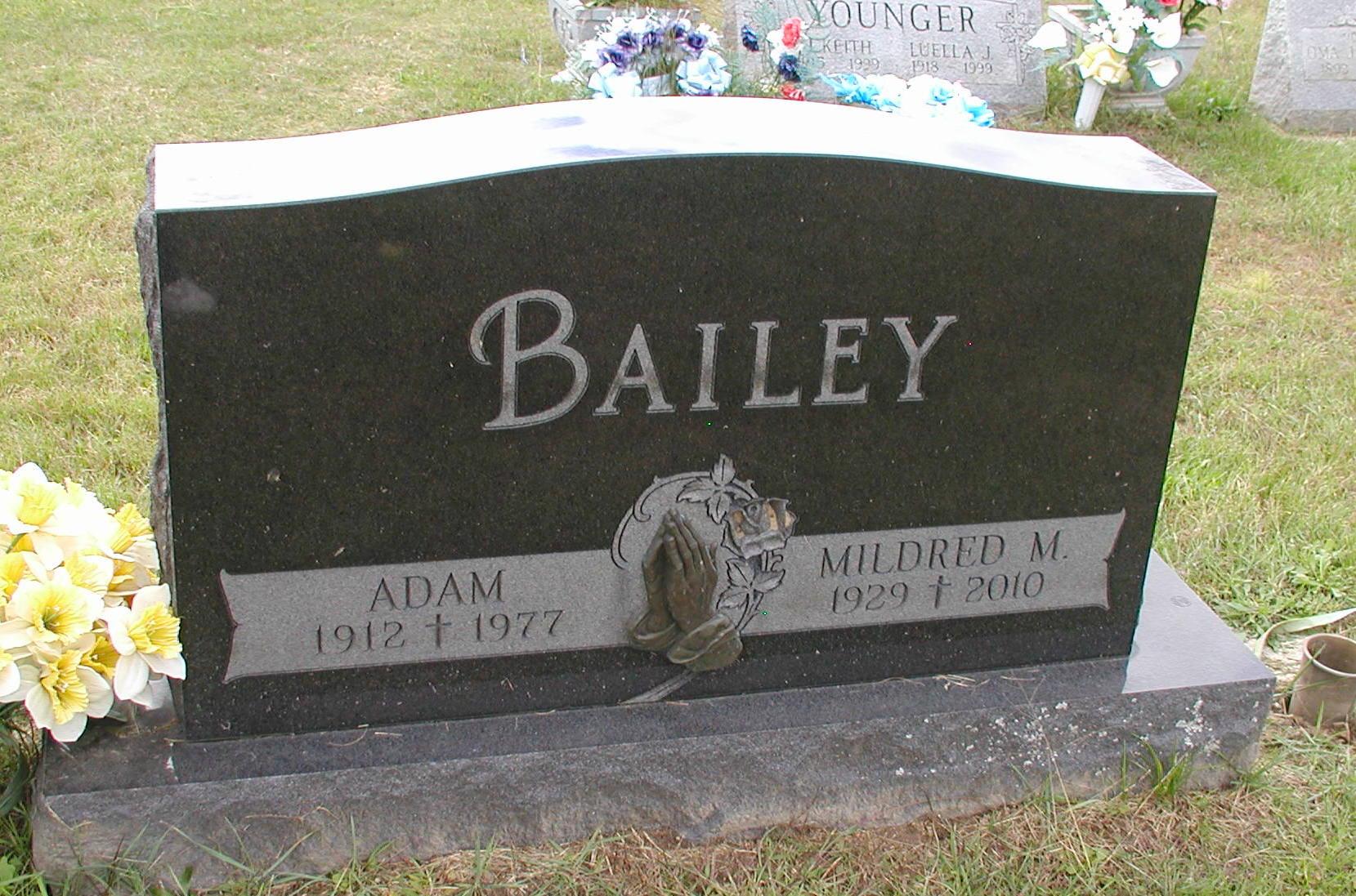Mildred M <i>Holiday</i> Bailey