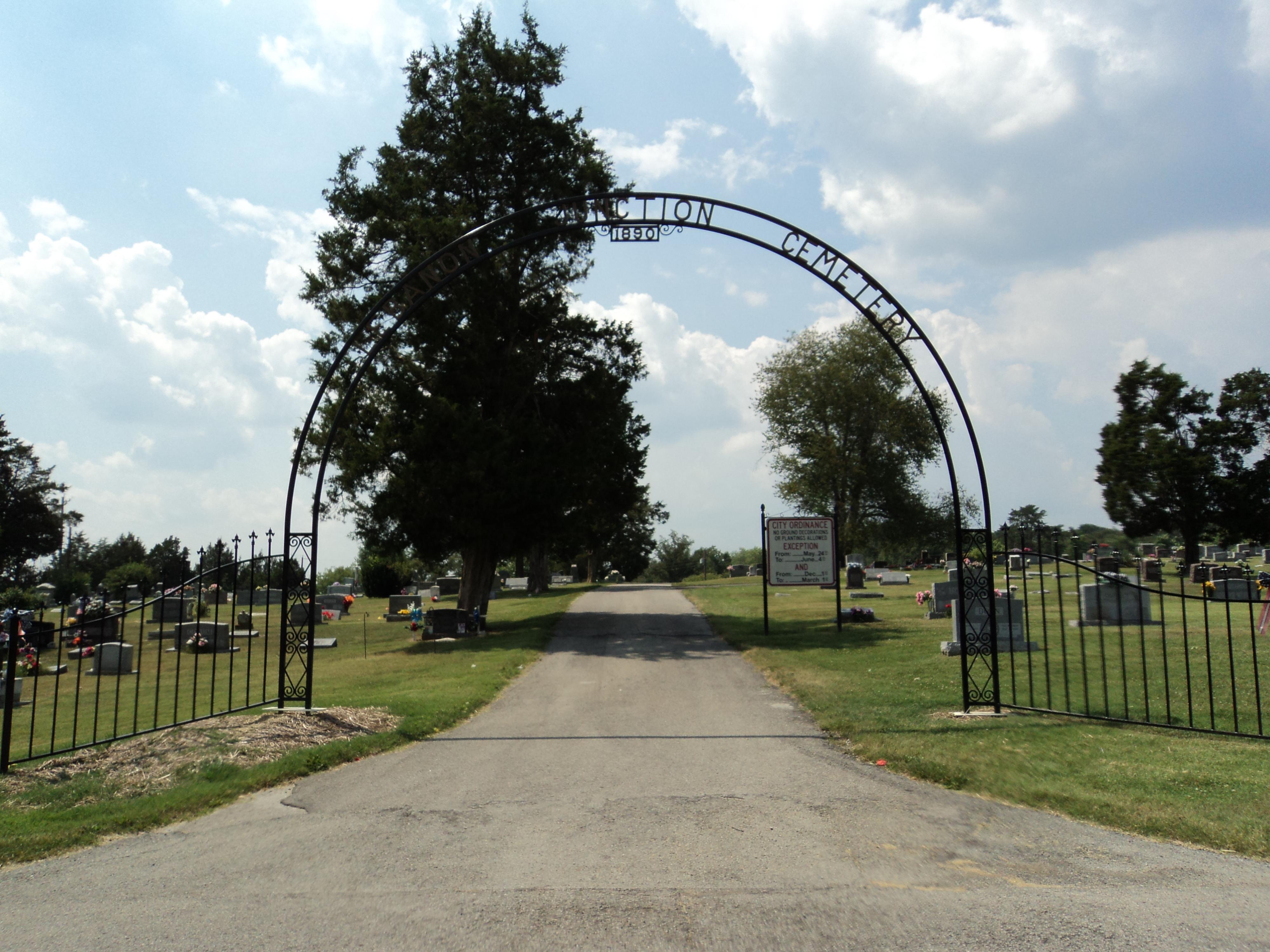 Lebanon Junction Cemetery