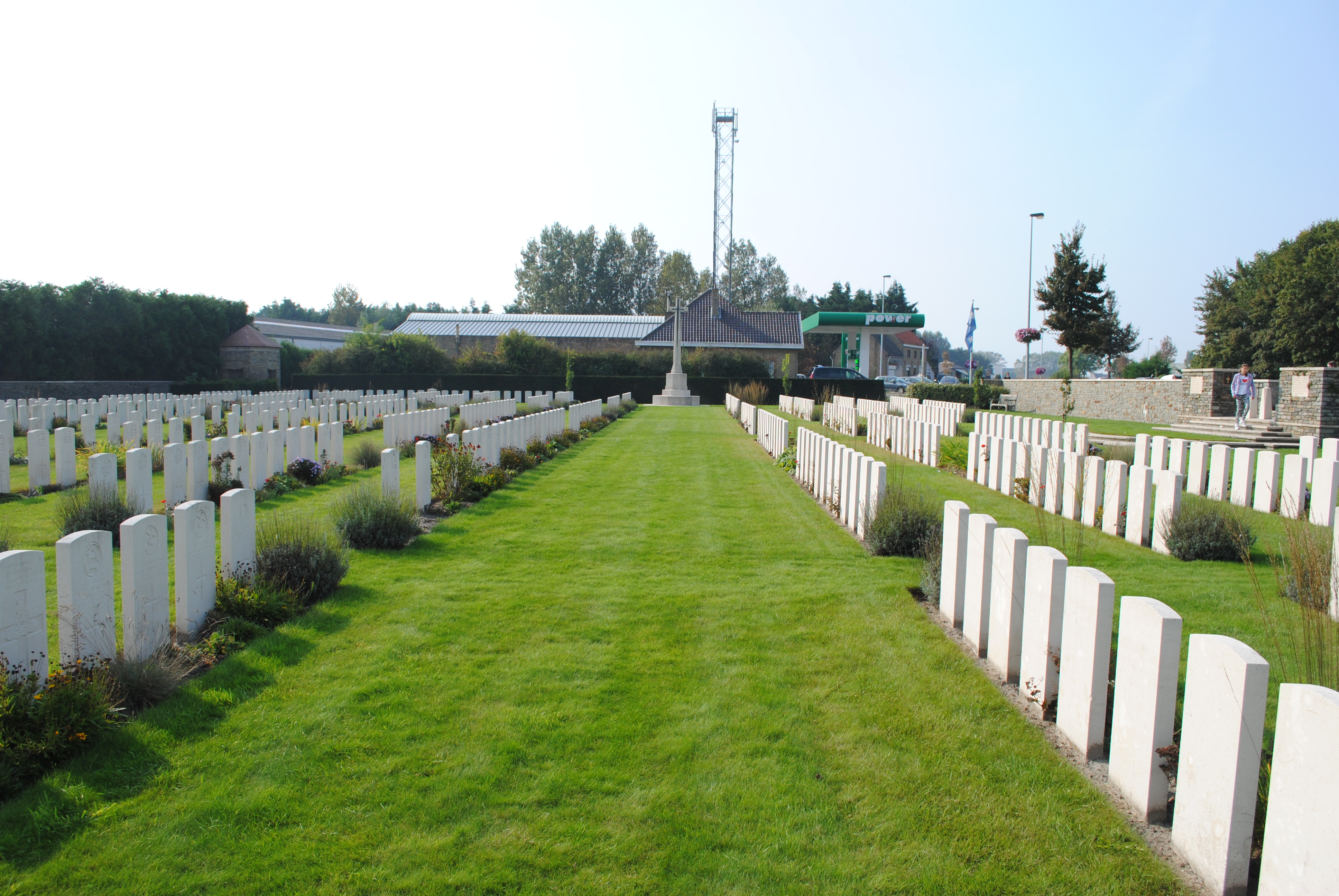 Ramscappelle Road Military Cemetery