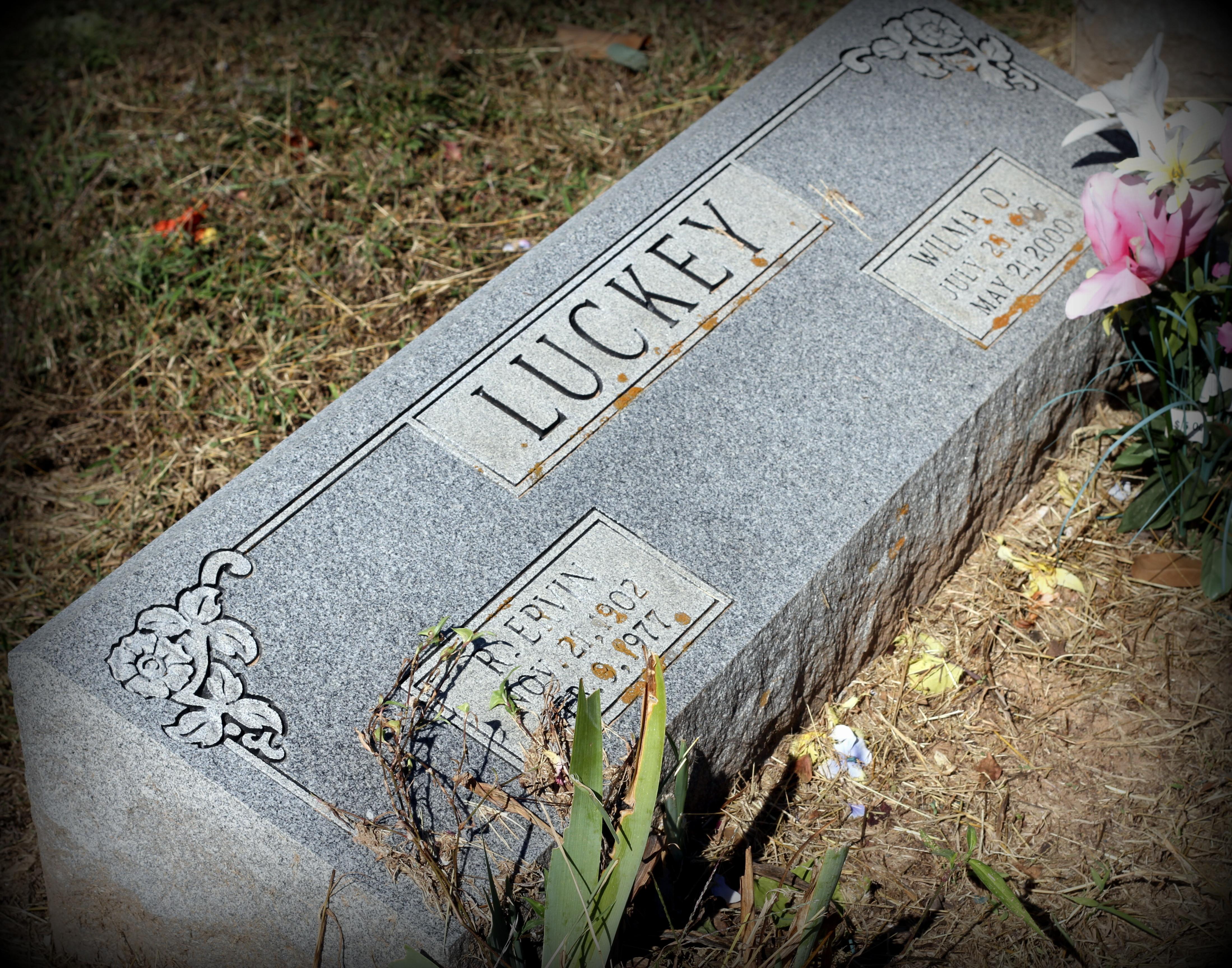 Wilma Odell <i>Dickey</i> Luckey