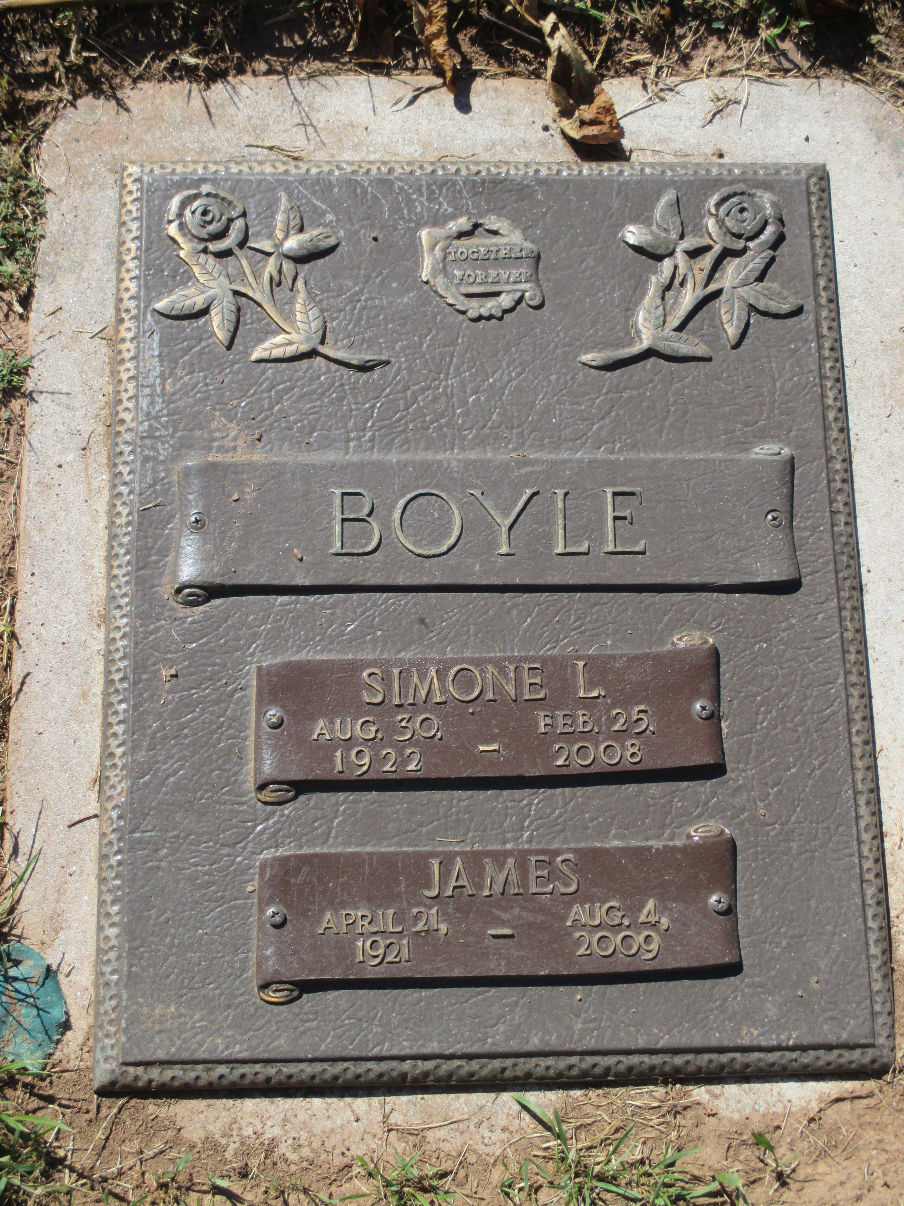 Simone <i>Bessette</i> Boyle