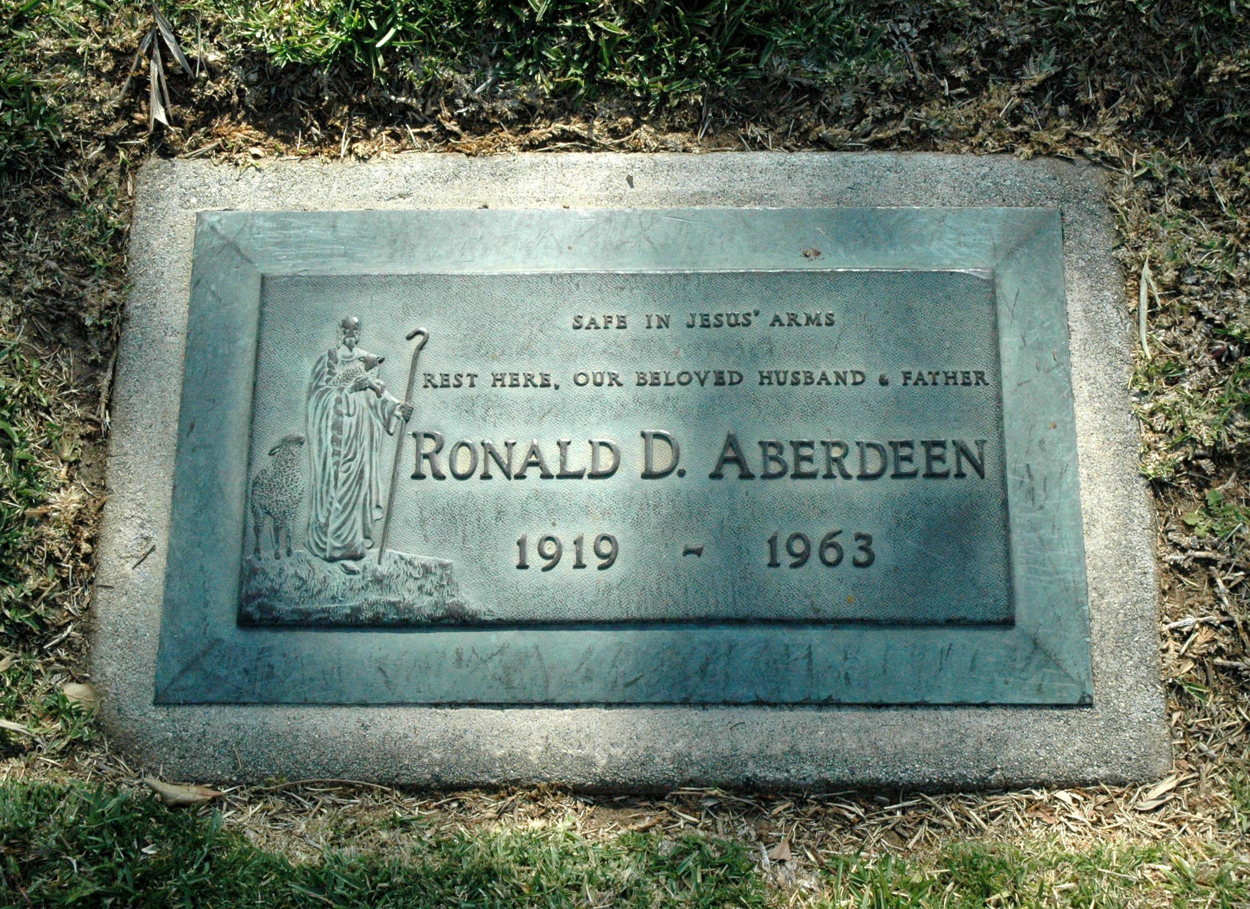 Ronald D Aberdeen