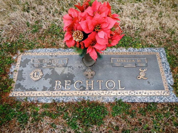 Martha Edna <i>McCue</i> Bechtol