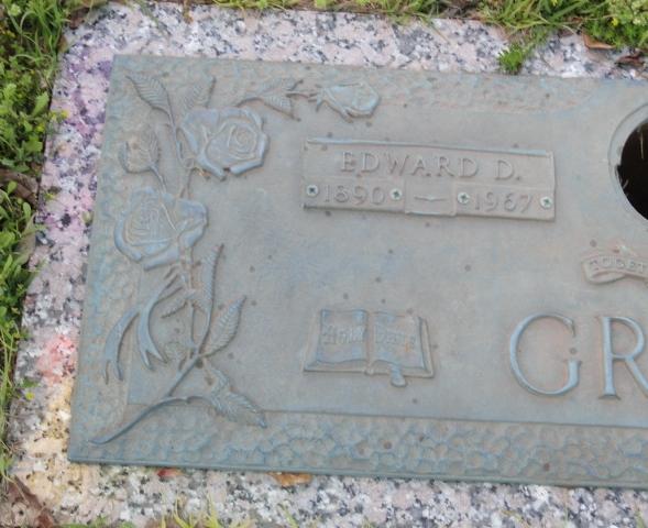 Edward D Green