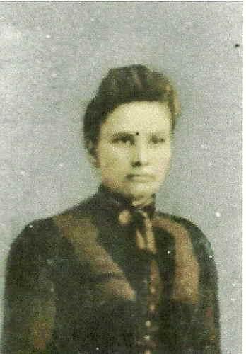 Julia Lillian Lilly <i>Yearian</i> Parrish