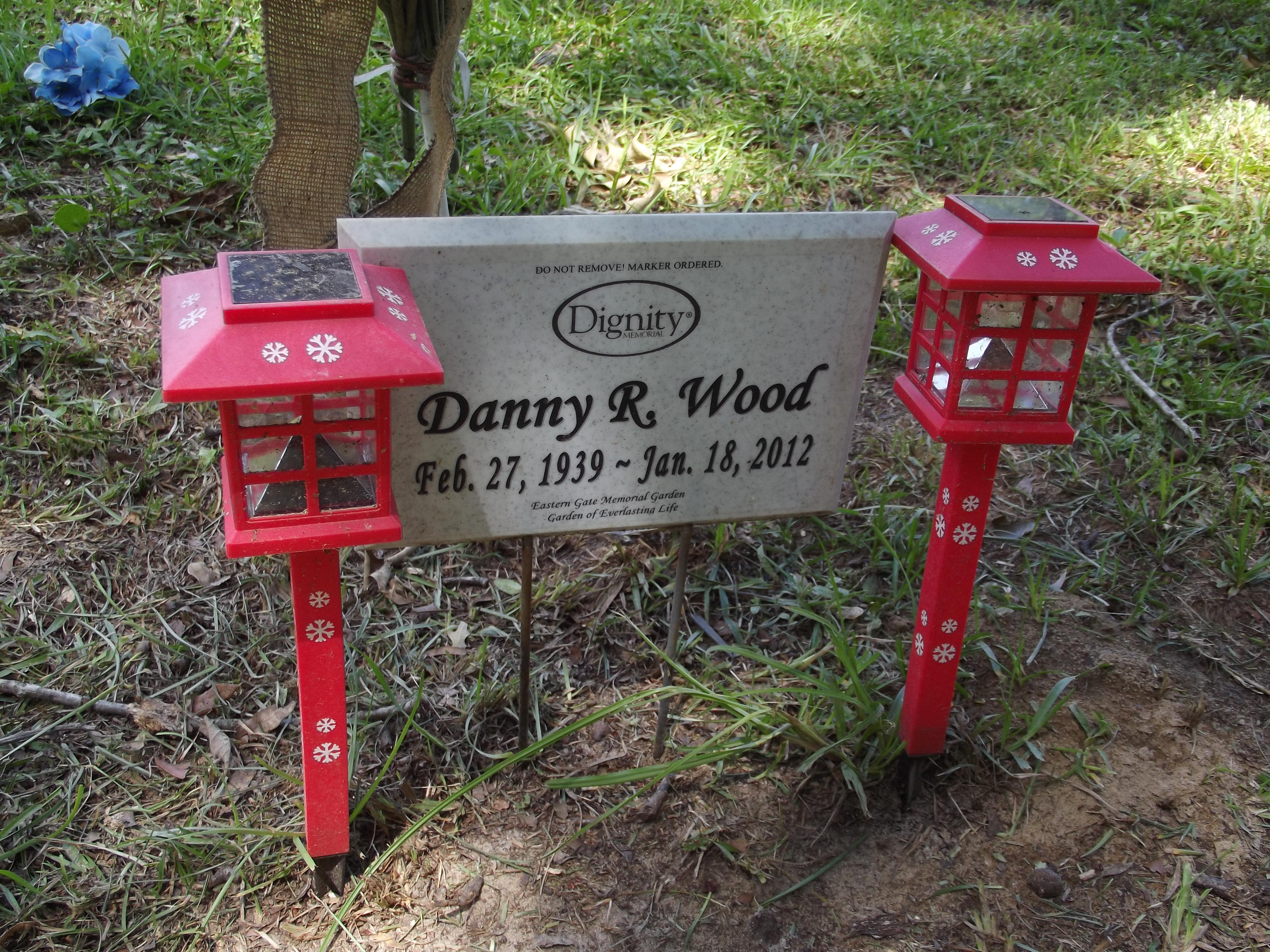 Danny R Wood
