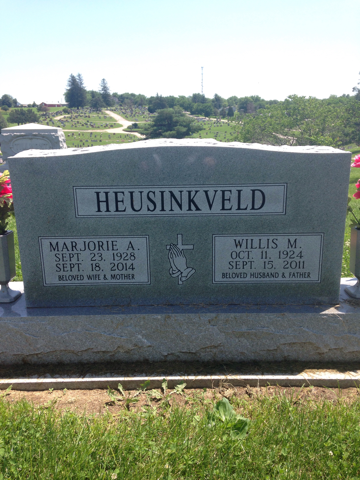 "Willis Marion ""Bill"" Heusinkveld (1924-2011) - Find A Grave"