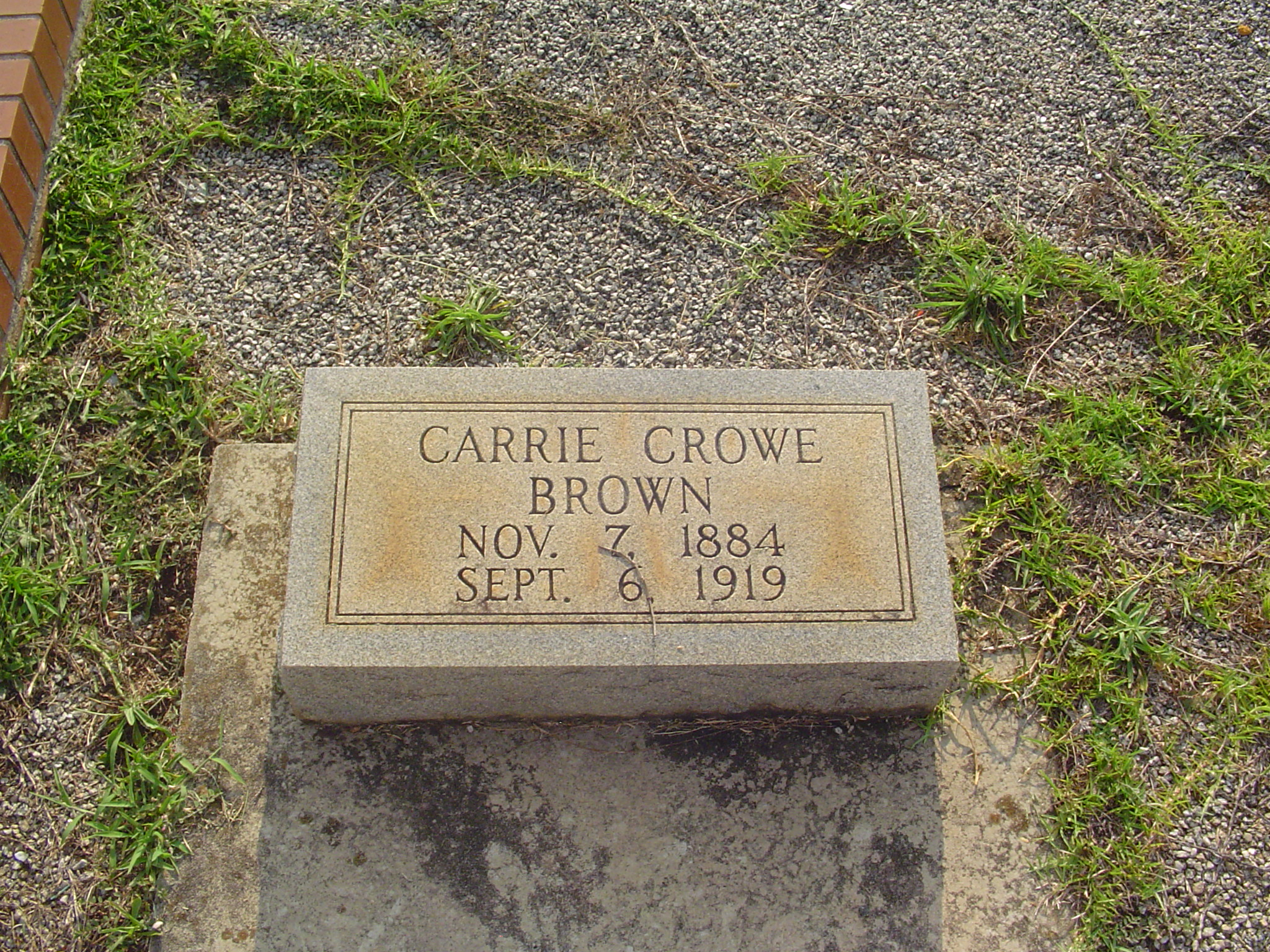 Carrie <i>Crowe</i> Brown