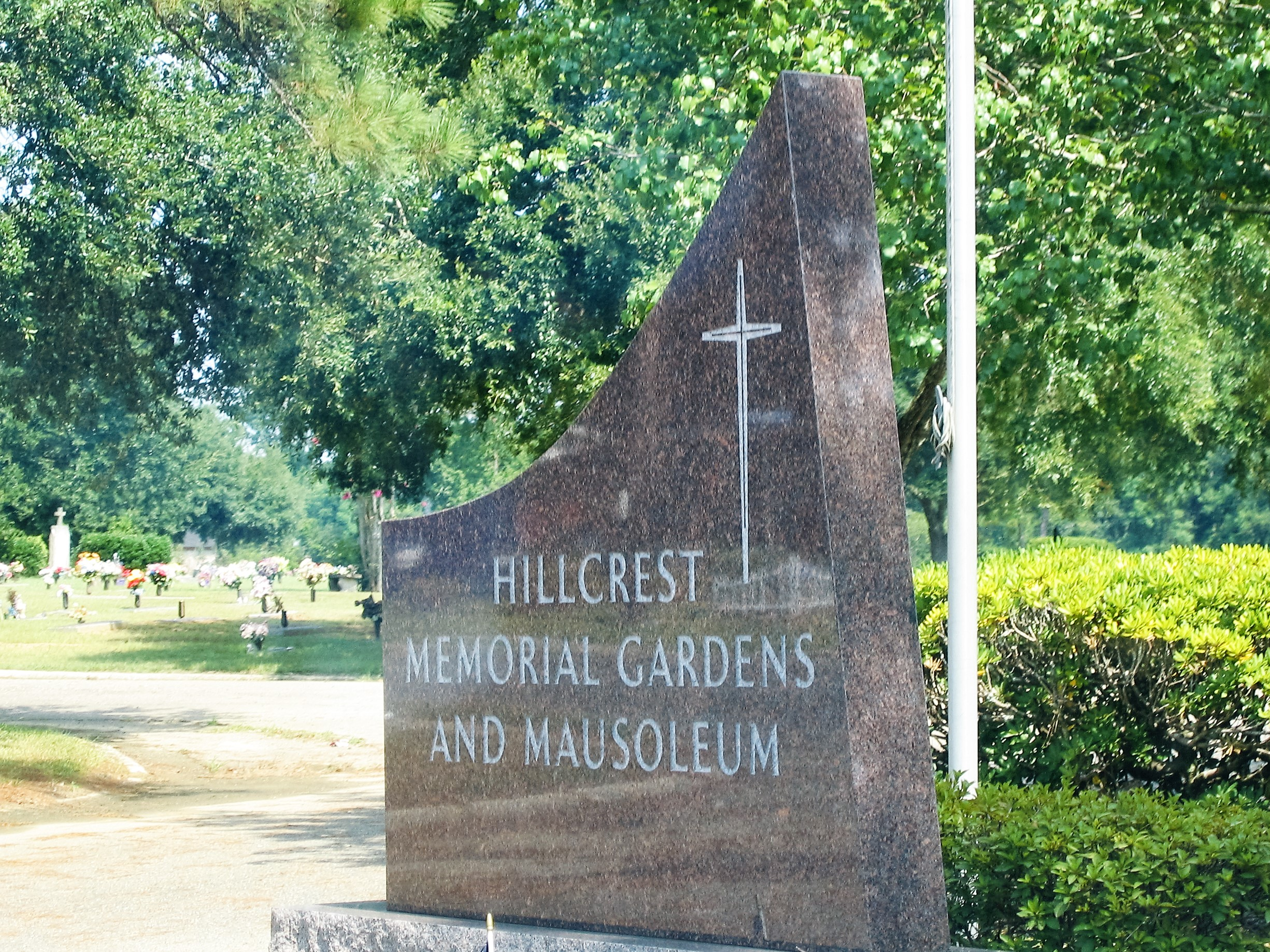 Hillcrest Memorial Gardens and Mausoleum