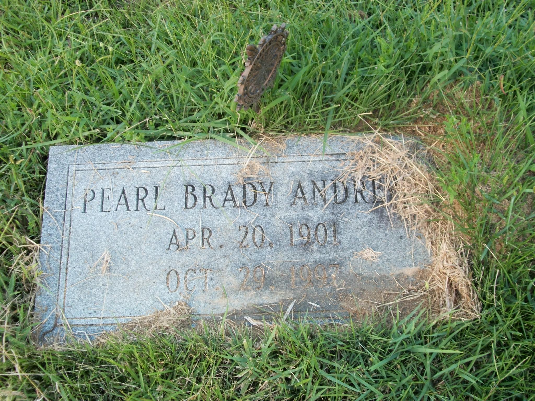 Pearl <i>Brady</i> Andrews